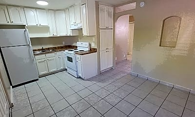 Kitchen, 769 E Pierce St, 0