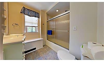 Bathroom, 66 Farewell St 2, 2