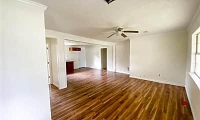 Living Room, 3861 Bellgreen Pl, 1