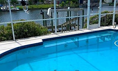 Pool, 426 S Neptune Dr, 1