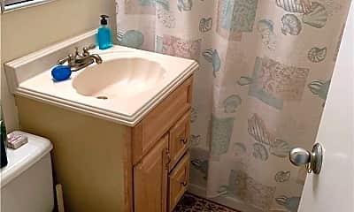 Bathroom, 250 Shore Rd 2A, 2