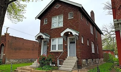 Building, 3739 Ohio Ave, 1