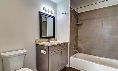 Bathroom, 998 North Washington Ave Apartments, 2