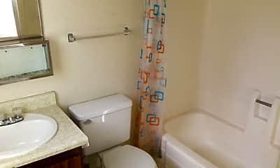 Bathroom, 249 Boulder Creek Dr, 2