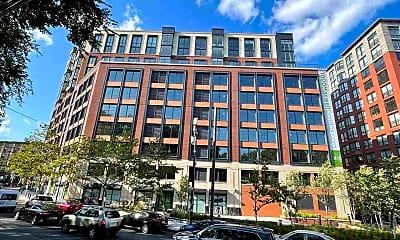 Building, 1000 Maxwell Ln 9L, 2