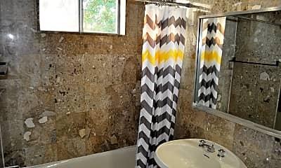 Bathroom, 20-44 33rd St 3FL, 2