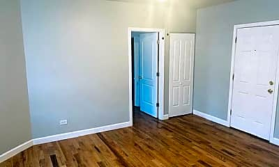 Bedroom, 4915 S Drexel Blvd, 1