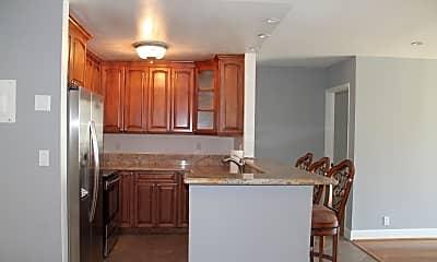 Kitchen, 23901 Civic Center Way D-259, 1