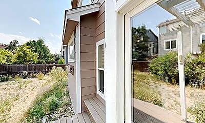 Patio / Deck, 560 Hampstead Avenue, 2