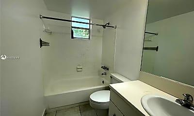 Bathroom, 2160 SW 16th Ave 221, 2