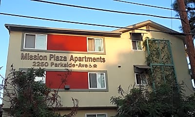 Mission Plaza Apartments, 1