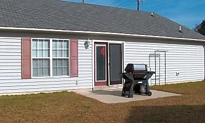 Building, 149 Woodland Dr, 2