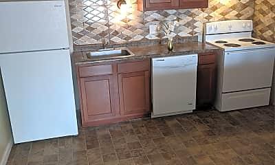 Kitchen, 2050 Yale Ave, 0