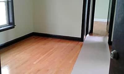 Bedroom, 2417 W 52nd St, 2