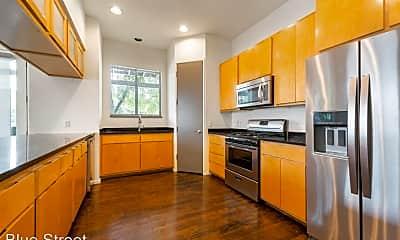 Kitchen, 3103 Tom Green St, 1