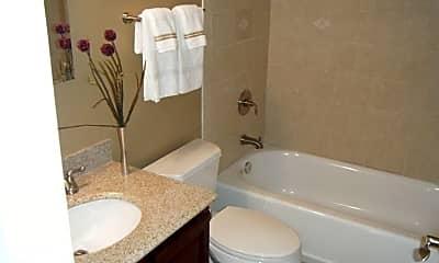Bathroom, 5142 Fairview Ave, 2
