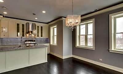 Kitchen, 4234 S Ellis Ave, 2