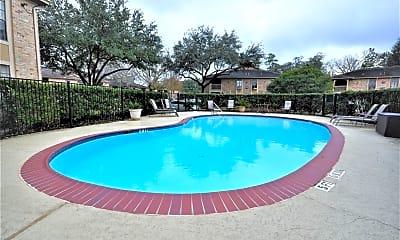 Pool, 1311 Antoine Dr 129, 0