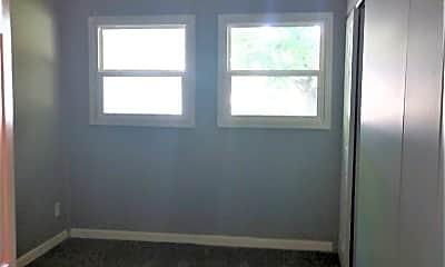 Bedroom, 1094 S Hampton Rd, 2