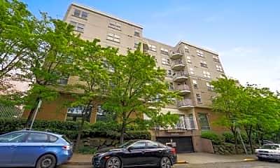 Building, 506 E Howell St, 0