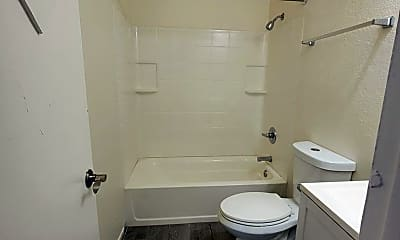 Bathroom, 6740 W Montebello Ave, 2