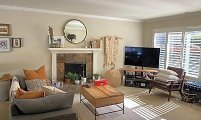 Living Room, 1523 Rosita Rd, 1