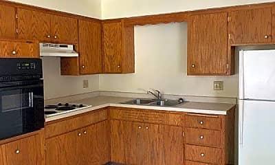 Kitchen, 920 18th St S, 1