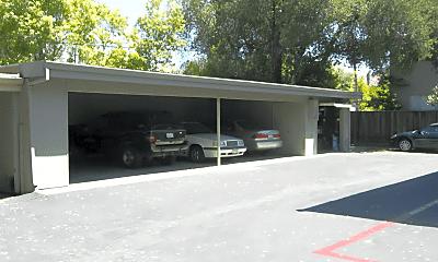 Building, 140 Carlton Ave, 2