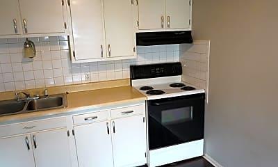 Kitchen, 640 S Shore Ct, 1