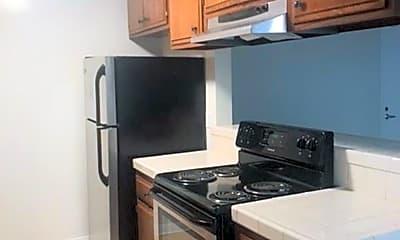 Kitchen, 3343 Bagley Ave, 1