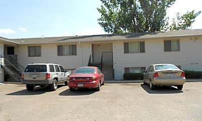 Building, 1158 E 6th St, 2