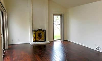 Living Room, 3352 Solomon Ln, 1