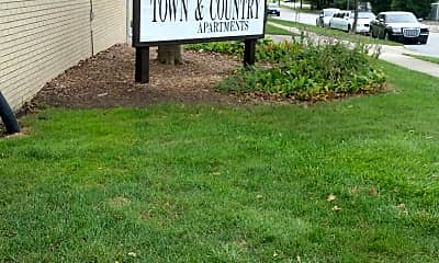 TOWNE AND COUNTRY APTS, 1