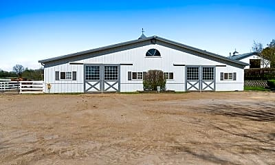 Building, 1830 IL-21, 1