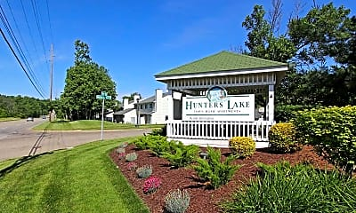 Community Signage, Hunters Lake Apartments & Townhomes, 2