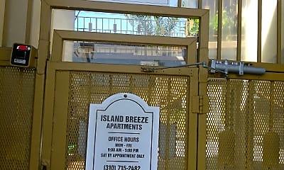 Island Breeze Apartments, 1