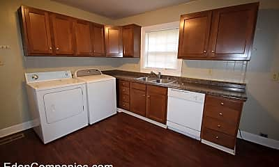Kitchen, 733 Golfview Dr, 1