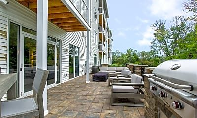 Recreation Area, The Residences at Chagrin Riverwalk East, 2