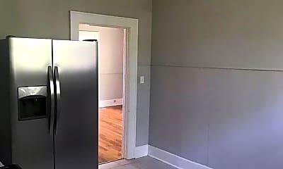 Bathroom, 1705 Bennett Ave, 2