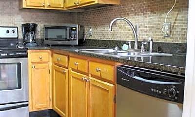 Kitchen, 321 Abercorn St, 2