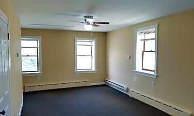 Bedroom, 356 Hall St, 1