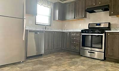 Kitchen, 68 Rustic Pkwy 149, 1