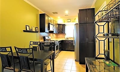 Kitchen, 18 Lake Shore Terrace, 1