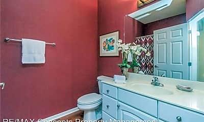 Bathroom, 3031 Grand Ave, 1