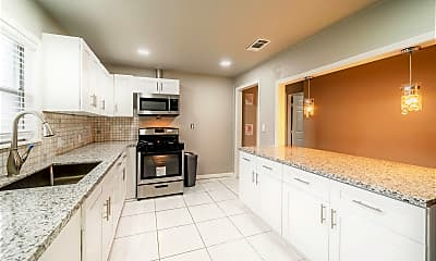 Kitchen, Room for Rent - Live in Clinton Park Tri-Community, 1