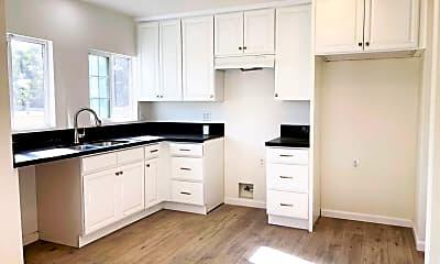 Kitchen, 1027 W 58th St, 1