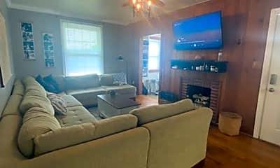 Living Room, 1510 Pendleton Rd, 1