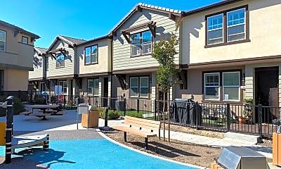 Pool, 2735 Sparta Rd #4, 0