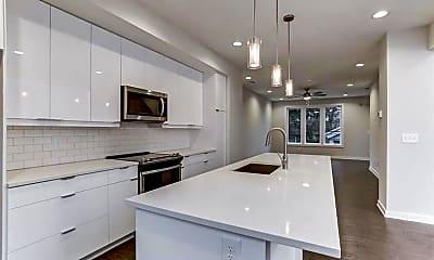 Kitchen, 415 Gartrell St SE 7, 1