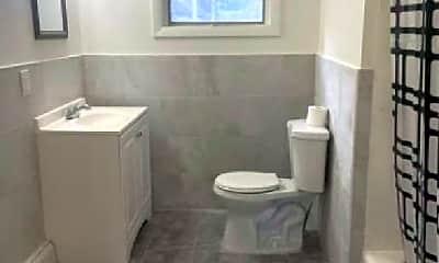 Bathroom, 41 Highland Ave, 1